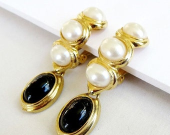 Vintage Faux White Pearls and Black Lucite Cabochon Dangle Earrings