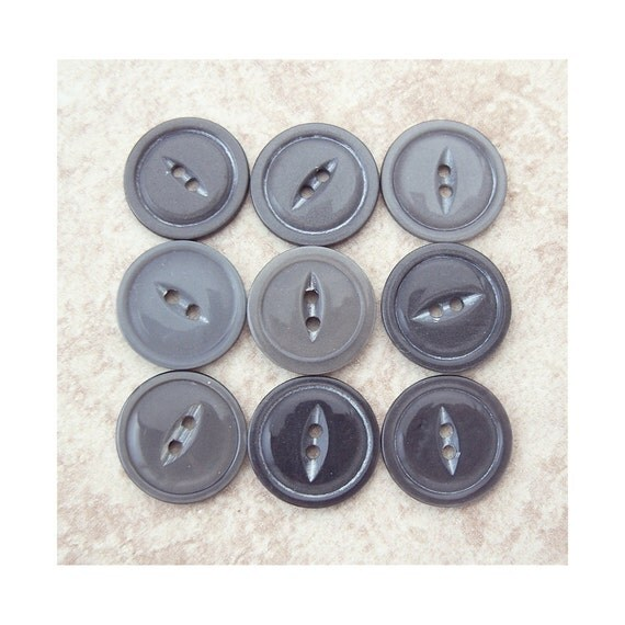 Gray Fisheye Buttons 19mm - 3/4 inch Vintage Hematite Grey Sewing Buttons - 9 VTG NOS Gray Pearlescent Plastic Sew Through Buttons PL163 bb