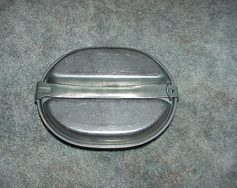 World War II--US E.A. 1945--Army Mess Kit--Metal Meal Container--Military