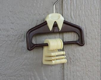 Vintage Tie Hanger holds 13 Ties