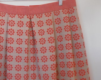 little red flowers...vintage tablecloth pleated skirt with side seam pockets