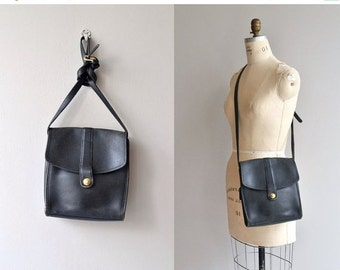 25% OFF.... 1970s Coach saddle bag | vintage 1970s Coach bag | black 70s Coach shoulder bag