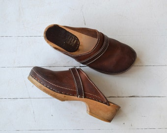 Markvej wooden clogs | 1970s leather clogs | vintage 70s clogs 6.5