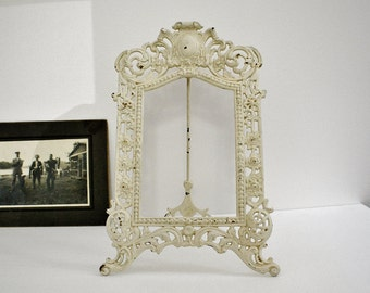 Vintage B&H Bradley -Hubbard Shabby Metal Off White Picture Easel Style Painted Picture Frame-Vintage Home Decor