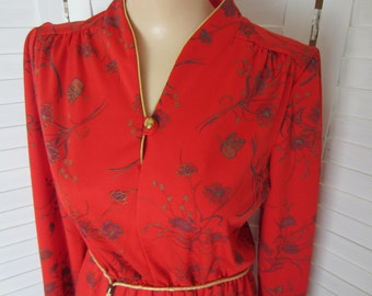 Dress, Red Print with Long Sleeves and Gold Belt & Trim - Size M