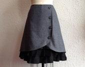 Tara wool ruffle front skirt Sz 6
