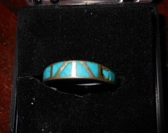 Vintage Sterling Silver Ladies Ring with Turquoise Size 7 1/2