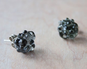 Glass Cluster Dot Earrings -Charcoal