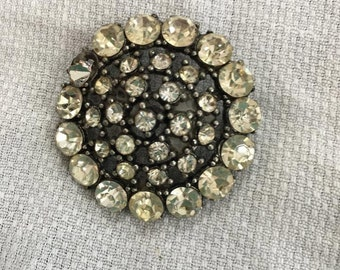 Vintage Round Brooch Rhinestones pin jewelry