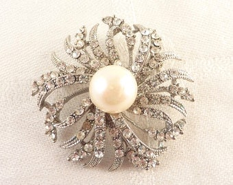 SALE --- Vintage Rhinestone and Faux Pearl Round Silver Tone Brooch with Pendant Bale