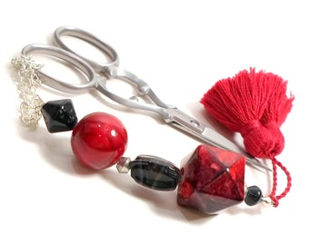 Scissor Fob Beaded Scissor Keeper Scissor Minder Red Black Needlepoint Quilting Sewing Cross Stitch Key Fob Zipper Pull