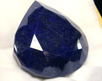 1700 carat  ...  faceted sapphire gemstone ... 80 x 72 x 34 MM
