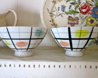 Midcentury Modern Porcelain Bowls/Vintage Soup/Noodle Bowls/Footed Bowls/Made In Japan/ Art Pottery/Hand Painted/Abstract Design