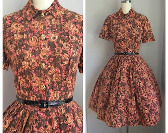 Vintage 1950's Cotton Rockabilly Pin Up Roses Novelty Print Full Skirt Dress Small S