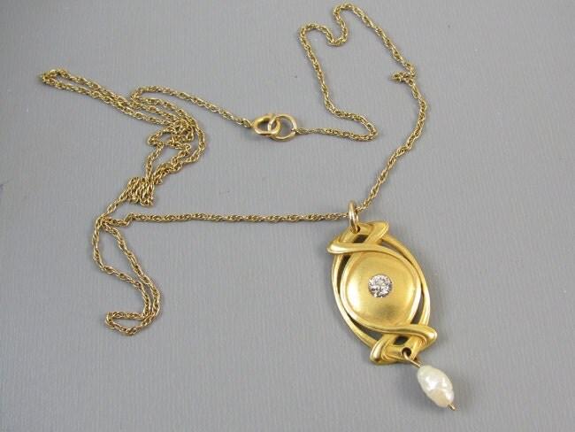 Vintage Art Deco 14k gold diamond and pearl lavalier necklace pendant