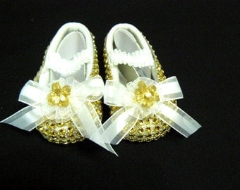 REBORN  or BABY SHOES  Gold Stone  size 00 to size 1