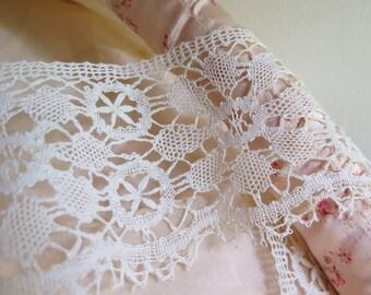 """Antique Lace Trim/Bobbin Linen Lace Handmade Lace Torchon Lace Cluny Lace 80"""" x 3-1/2"""" wide"""