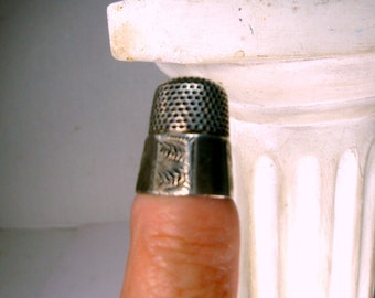 Sterling Silver Vintage Thimble, 1920s, Hand Sewing Notion, Accessory for Darning, Embroidery