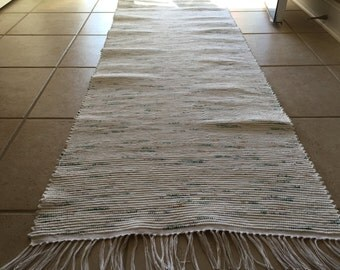 Rag Rug White w/Color Bits 25 x 69