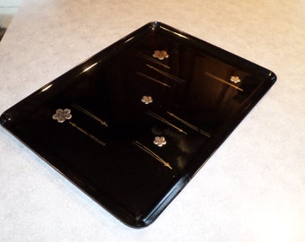 Georges Briard Designs black lacquer TRAY with inlaid stainless steel metal daisy Flower