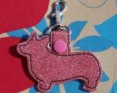 Corgis Keychain rosa