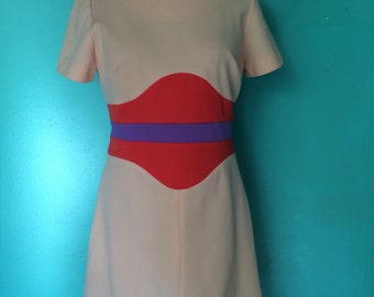 1970's perfect peach mod mini dress MEDIUM