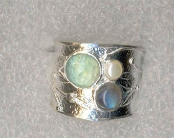 Sterling silver ring. Roman glass 925 silver ring with a pearl and gemstone. Israeli jewelry