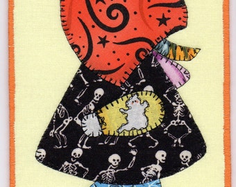 Halloween Sue, A Sunbonnet Sue Quilted Fabric Postcard