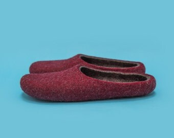 "Smoky Wild Cherry"" Hand felted wool slippers by Onstail"