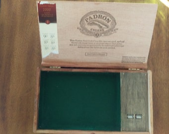 Cigar box charger