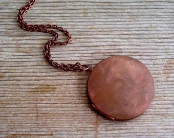 Unisex Locket, Large Vintage Copper Locket, Rustic Locket, Men's Locket, Keepsake Locket, Primitive Copper Pendant, Vintage Copper Jewelry