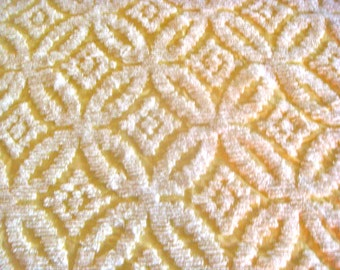 Yellow and White Wedding Ring Vintage Cotton Chenille Bedspread Fabric 18 x 24 Inches