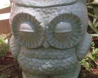 Ceramic, owl planter, treat jar, utensil holder, cookie jar, sea glass, green,mint, green, medium size