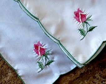 Vintage Cloth Napkins Embroidered Roses Pink Floral Green Set of Four 1980s