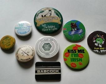 Pick a Pin Vintage Save Humans Whales Humor Chicago Gun Club Kiss Me Im Irish GHS grafton Ma babcock Hunting Nordik Wolf Lights