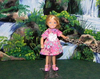 CHLSE1-142) Chelsea doll clothes, 1 pretty dress