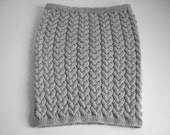 Ladie's mini woolen cable knitted skirt in light grey - free shipping and handling