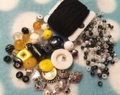 Bead Happy Necklace Kit - Taxi Cab