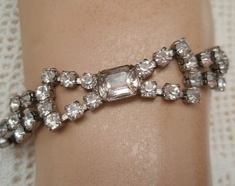 Vintage Rhinestones Bracelet Bow Large Rhinestone Center Bridal Wedding