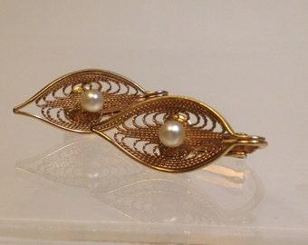 SARAH CoV Gold Filigree with PEARL Leaf Earrings / Clip on LEAF Earrings