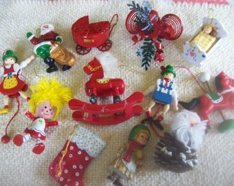 Lot of 12 Vintage Christmas Ornaments