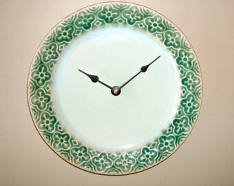 ON SALE! Stoneware Plate Wall Clock, Green and Mint Wall Clock, Kitchen Clock, Kitchen Wall Decor, Unique Wall Clock - 1941