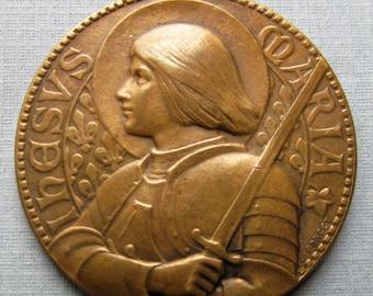 Antique Joan Of Arc Le Nouvelliste De Lyon French Art Medal Signed Penin Poncet   SS62