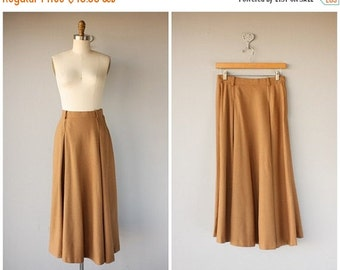 25% OFF SALE... Vintage 1970s Wool Midi Skirt | 1970s Midi Skirt | Vintage 70s Skirt | 1970s Skirt | 70s Camel Wool Skirt | Camel Brown Skir