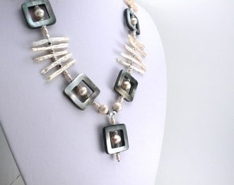 Pink freshwater pearl and black nacre necklace