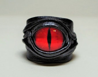Dragon eye adjustable leather ring. Blue eye leather ring. Mens leather ring. Horror leather ring. Statement leather ring. Halloween ring.
