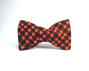 Wavy Orange and Black Plaid Halloween Autumn Bow Tie