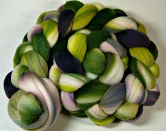 Plumgrove Light merino wool top for spinning and felting (4 ounces)