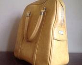 Vintage Yellow Amelia Earhart Travel Bag.
