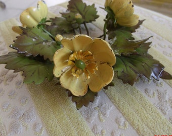 Vintage Italian Tole Buttercup Flower Candle Ring Centerpiece Cottage Shabby Chic